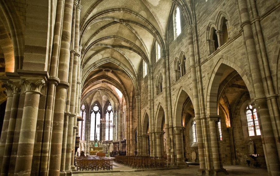 Basilique Saint Pierre - Luxeuil-les-Bains