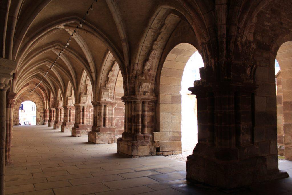 Le Cloître de l'Abbaye - Luxeuil-les-Bains